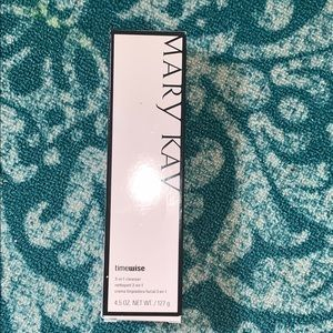 NIB Mary Kay Combo to oily face wash